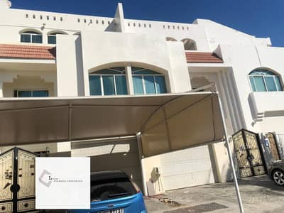 Amazing spacious villa with private parking