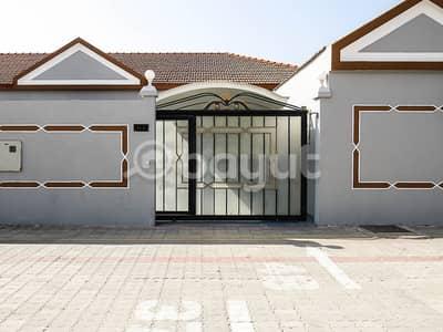 فیلا 3 غرف نوم للايجار في شارع الملك فيصل، أم القيوين - فیلا في شارع الملك فيصل 3 غرف 50000 درهم - 4458782
