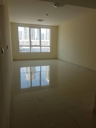 شقة 2 غرفة نوم للايجار في الخليج التجاري، دبي - 13 MONTHS CONTRACT/ 83K:  Spacious 2BR / MASTER BED. apartment 1350SQ