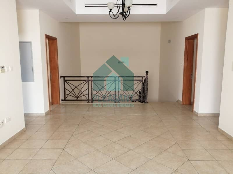 2 5 Br + Maids | Villa | Well Maintained | Al Safa 1