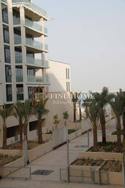 4 Bedroom Penthouse for Sale in Al Raha Beach, Abu Dhabi - Amazing 4 BR. Penthouse in Al  Zeina Tower