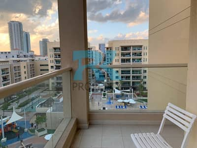 2 Bedroom Flat for Sale in The Greens, Dubai - LARGE 2 BEDROOM WITH A POOL VIEW