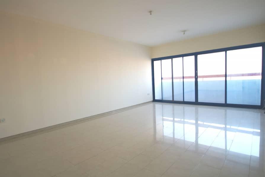 شقة في مدينة زايد 2 غرف 75000 درهم - 4459547
