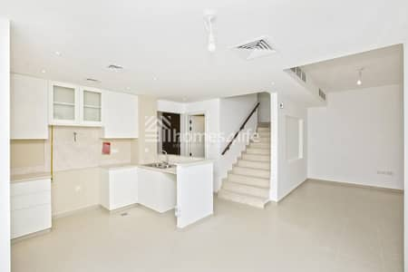 تاون هاوس 3 غرف نوم للايجار في تاون سكوير، دبي - Keys in Hand | Bright and Spacious 4 Bedroom Townhouse