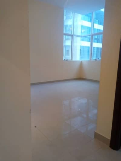 CENTRAL AC 1 BED ROOM HALL AVAILABLR IN SHABIYA 09