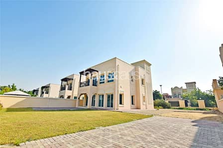 2 Bedroom Villa for Sale in Jumeirah Village Triangle (JVT), Dubai - District 8| New Listing| Close to Park| Negotiable