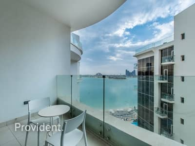 1 Bedroom Hotel Apartment for Rent in Palm Jumeirah, Dubai - Luxurious Hotel Apartment w/ Breathtaking Sea View