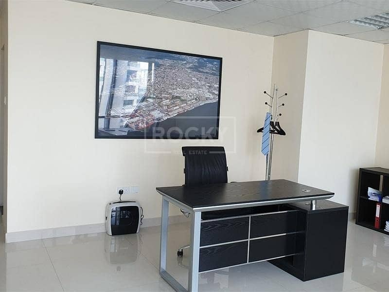 2 Fitted Office   High Floor   Close to Metro
