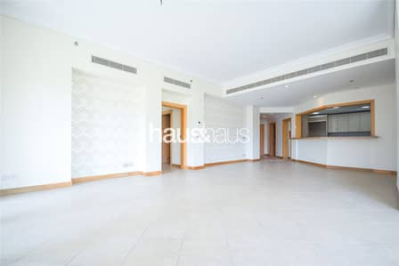 3 Bedroom Flat for Sale in Palm Jumeirah, Dubai - High Floor || C - Type || Right Hand Side