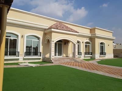 فیلا 4 غرف نوم للايجار في عود المطينة، دبي - فيلا للايجار فى عود المطينة : 4 غرف ماستر مع مسبح