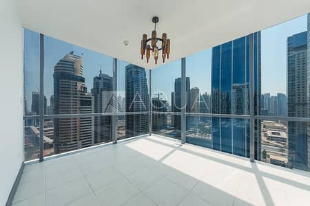 2 Bedroom Apartment for Sale in Jumeirah Lake Towers (JLT), Dubai - Nice Spacious Master 2 Bedrooms with Lake view
