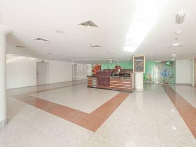 محل تجاري  للايجار في دبي لاند، دبي - Exclusive  Large Kiosk   Majan   Remal Mall   Dubailand