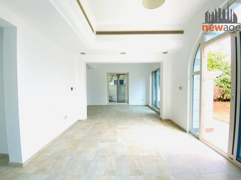 2 Beautiful 4 Bedroom Villa| Esmeralda Vicorty Heights