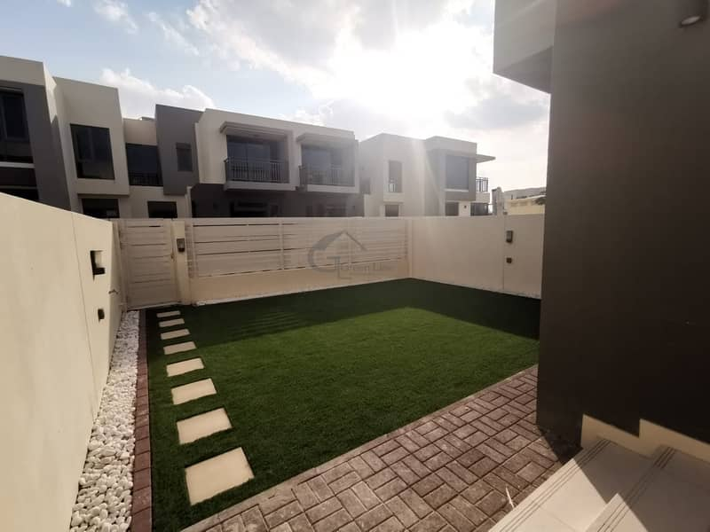 Amazing offer I Beautiful Type 2M in Maple 1 | Landscaped Garden