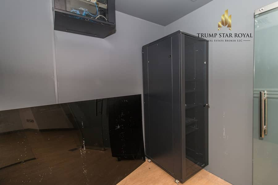 12 Amazing Offer! Fully Fitted Ready to Move Office in Tecom