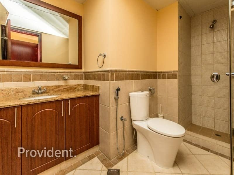 27 Hot Deal- 2B/R+M | Vacant and High-end Unit