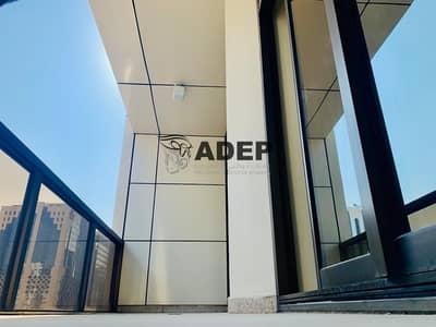 فلیٹ 3 غرف نوم للايجار في شارع حمدان، أبوظبي - Good View 3 Master Bhk With Offer
