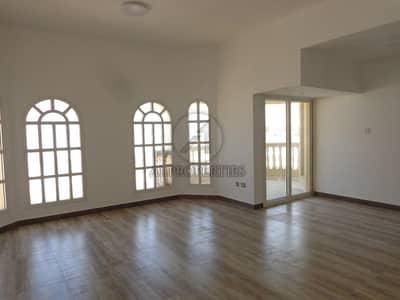 11 Bedroom Villa Compound for Sale in Umm Suqeim, Dubai - Group of five  Villas Close to Kite Beach