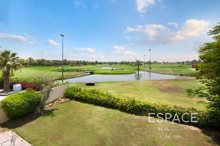 5 Bedroom Villa for Sale in The Meadows, Dubai - Stunning Golf Course Lake View - Meadows