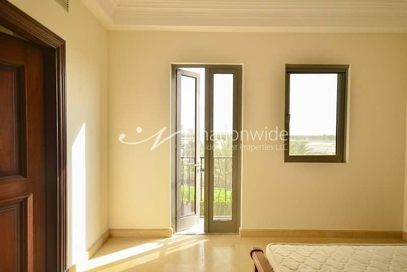 2 Hot Deal Charming Home in This Quadplex Villas