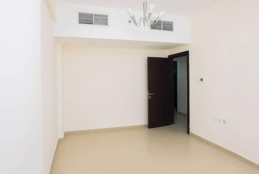 HOT OFFER  2 BHK @ 35K  No Deposit / 1 Month Free