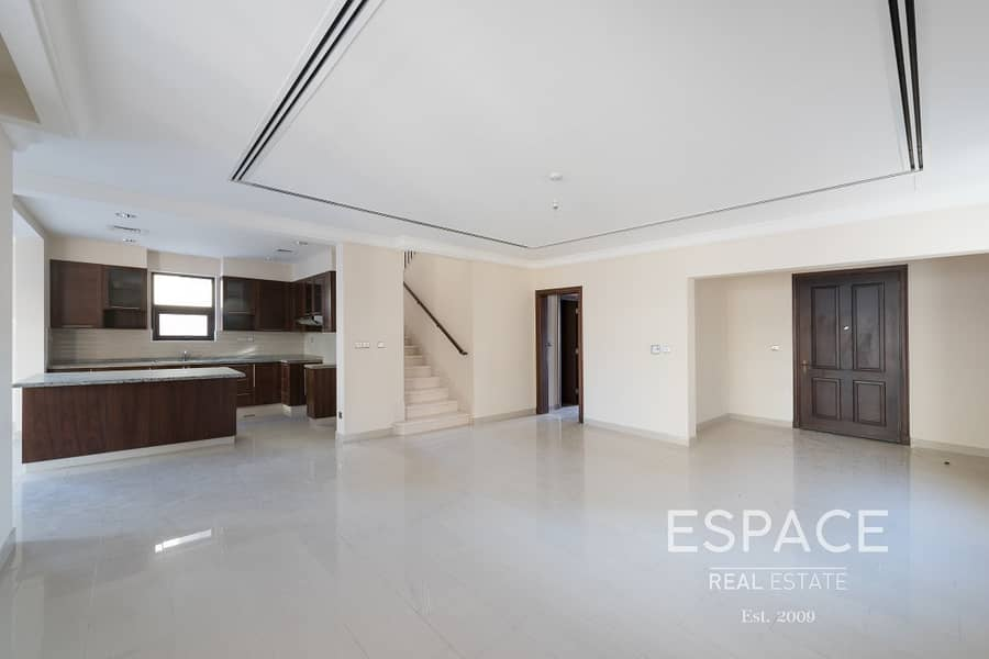 4 Bedrooms with Maid Near Pool and Park