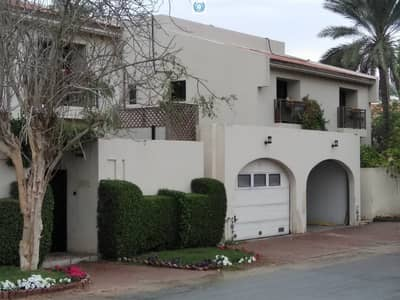4 Bedroom Villa for Rent in Al Hazannah, Sharjah - Stand alone four bedroom with all masters bedrooms