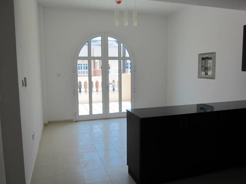 2 2 Bedroom I Massive Terrace I Open Kitchen