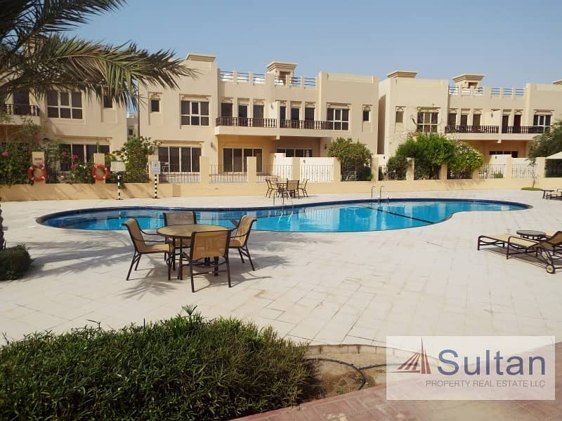 2 Spectacular 3 Bed Pool View Great Price