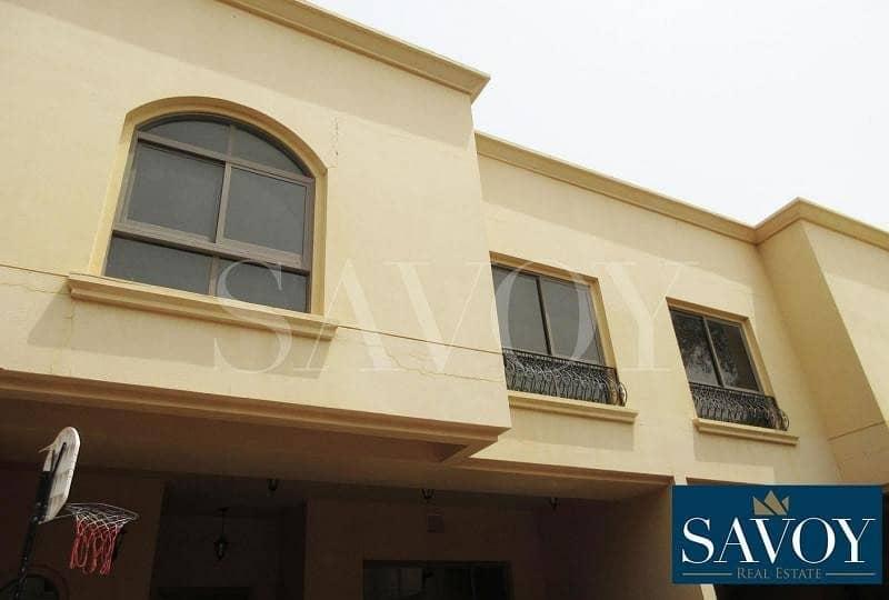 21 Beautiful 4BR Villa For Rent in Al Karamah       .