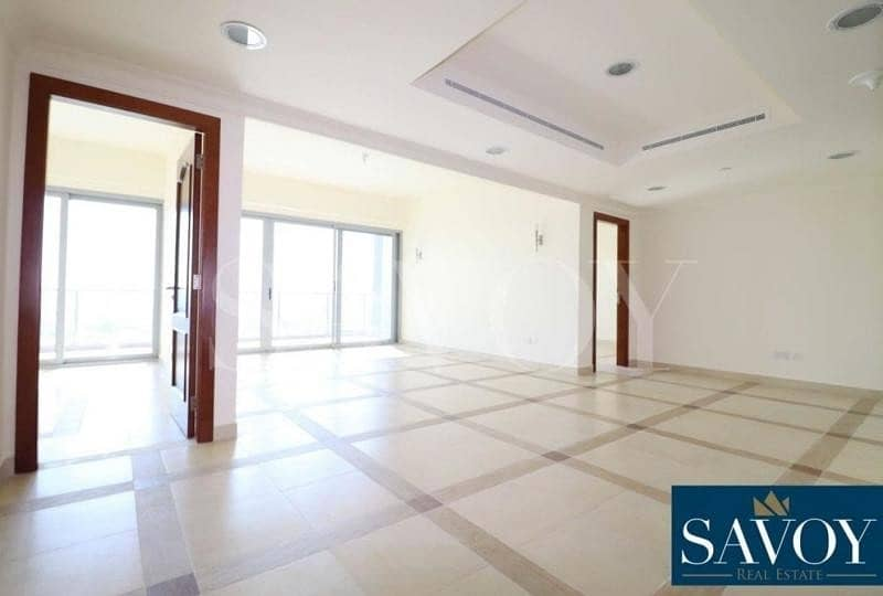 2 Luxury 2BR Flat with City View by Rotana