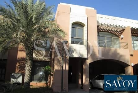 5 Bedroom Villa for Rent in Abu Dhabi Gate City (Officers City), Abu Dhabi - Spacious 5BR Villa - No Commission Fees .