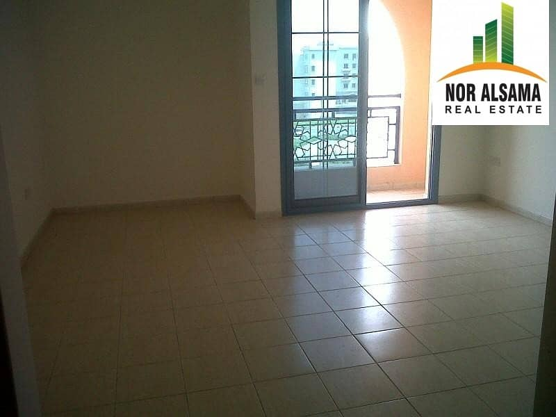 2 HOT DEAL...!! CLOSE TO BUS STOP PERSIA CLUSTER STUDIO WITH BALCONY ONLY IN 19
