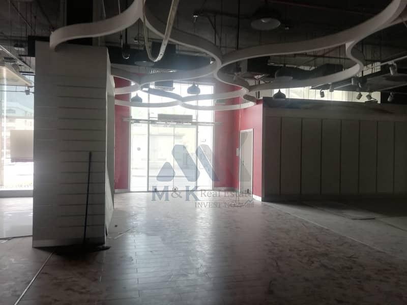 محل تجاري في المرقبات ديرة 353600 درهم - 4463903
