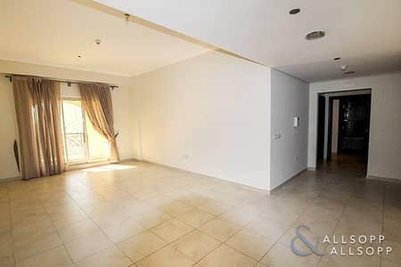 فلیٹ 2 غرفة نوم للبيع في مدينة دبي الرياضية، دبي - Parking | Vacant On Transfer | 2 Bedroom