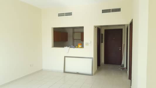 1 Bedroom Flat for Rent in International City, Dubai - 1BEDROOM FOR RENT WITH BALCONY  RUSSIA CLUSTER FAMILY BUIDLING