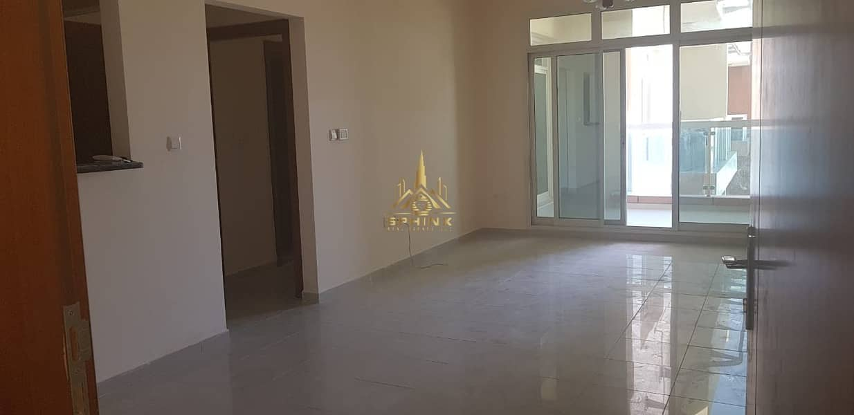Spacious 1BR  with Amazing View l Price Negotiable