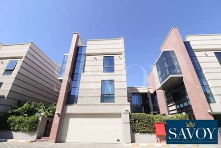 فیلا 5 غرف نوم للايجار في المشرف، أبوظبي - Lovely and Elegant 5 BR Villa in Mushrif Area.