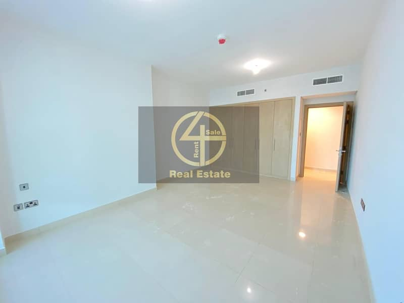 2 Sure to Impress- 1BR Apt with Sea View & Balcony!