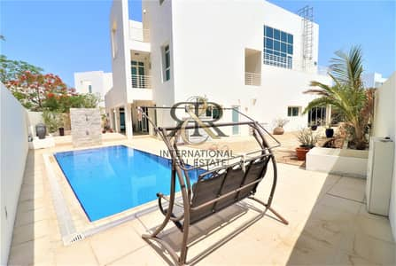 5 Bedroom Villa for Sale in Al Sufouh, Dubai - Independent 5 Beds Villa with private elevator and pool
