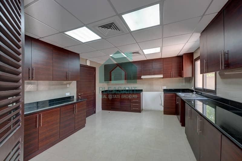 2 3 Br Single Storey Villa with PVT Garden in Umm Suqeim 1
