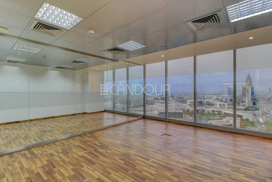 23 Pitch Perfect Location Fitted Partition High Floor