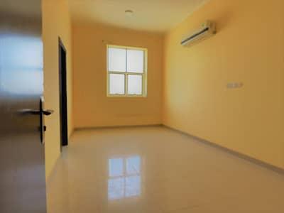 Studio for Rent in Al Qusaidat, Ras Al Khaimah - Studio | Rent |Al Qusaidat Building| No Commision