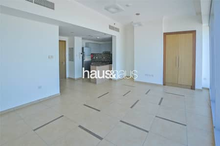 Studio for Rent in Downtown Dubai, Dubai - Great Location | Chiller and Maintenance Free