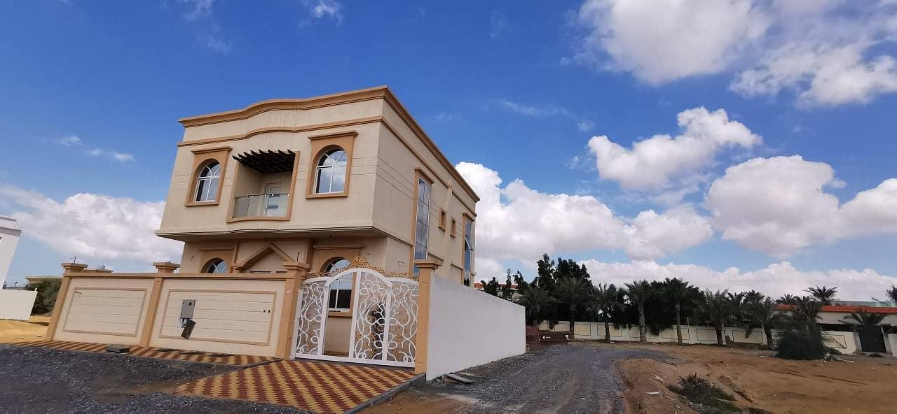 Villa for sale three floors 6 master bedrooms
