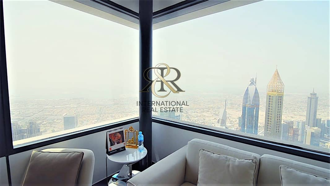 10 Immaculate I Luxury Penthouse I 5 Bedrooms.