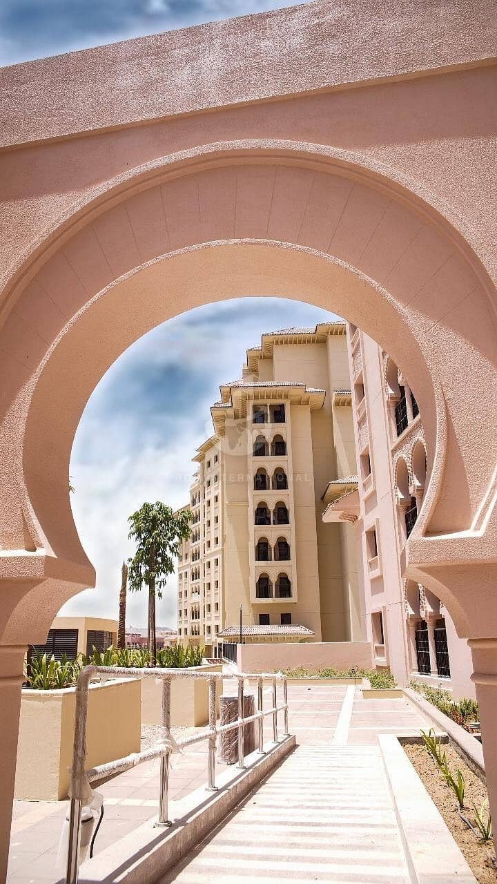 10 Full building for sale in Jumeirah Golf Estates