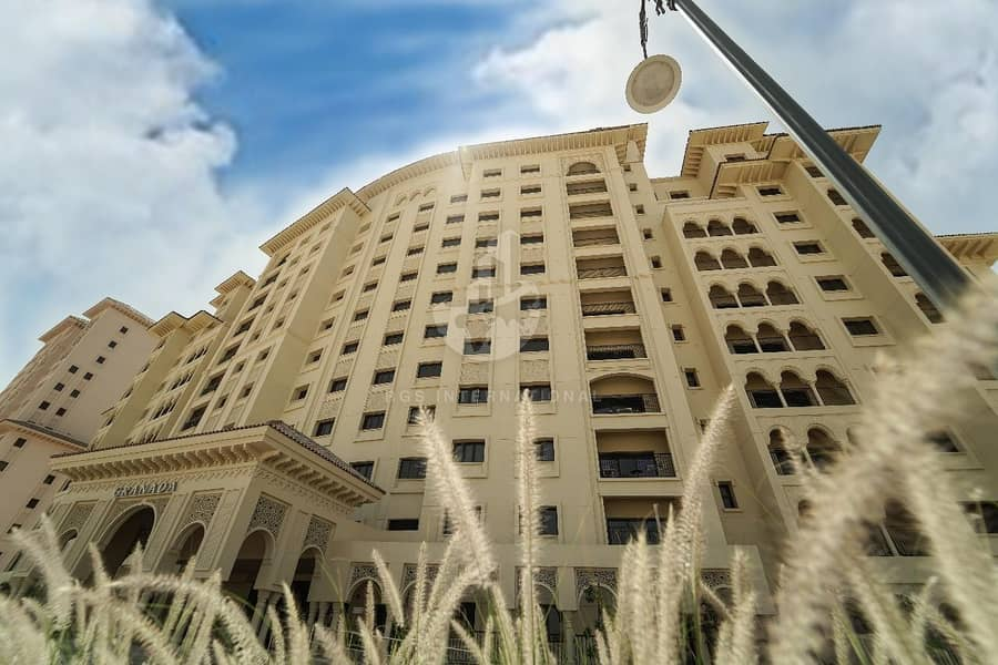 2 Full building for sale in Jumeirah Golf Estates