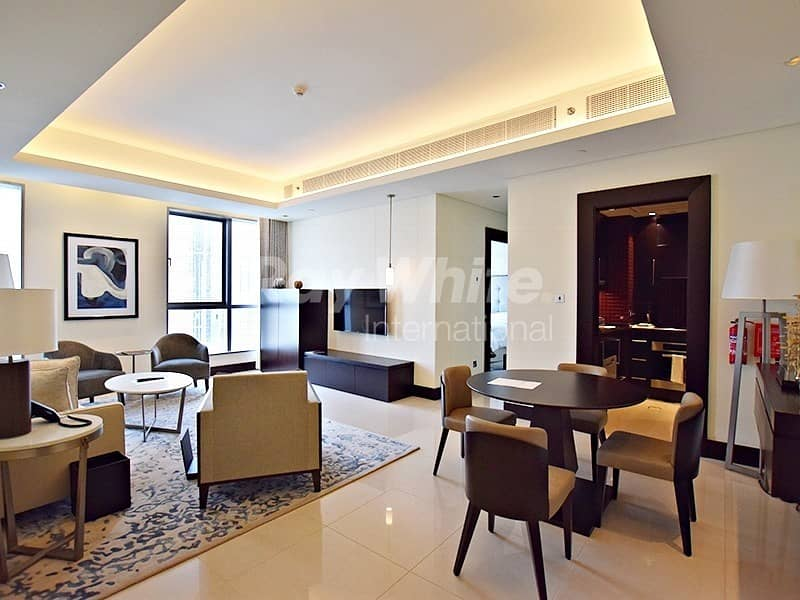 Luxury Serviced Apartment w/ Beautiful Fountain and Burj View