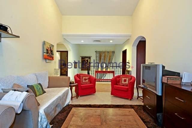 2 5 Bedrooms Villa in  Green Community